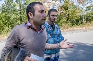 """Ахмед от Алепо: """"Ето го разрешителното, мадам, но къде да търся работа?"""""""