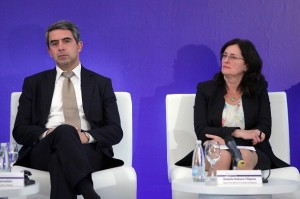 """Те вече са """"за"""" Трансатлантическото споразумение, без да са питали българските граждани."""