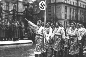 Октомври 1941 г. Парад в Ивано-Франковск в чест на визитата на генерал-губернатора на Полша - райхслайтер Ханс Франк.