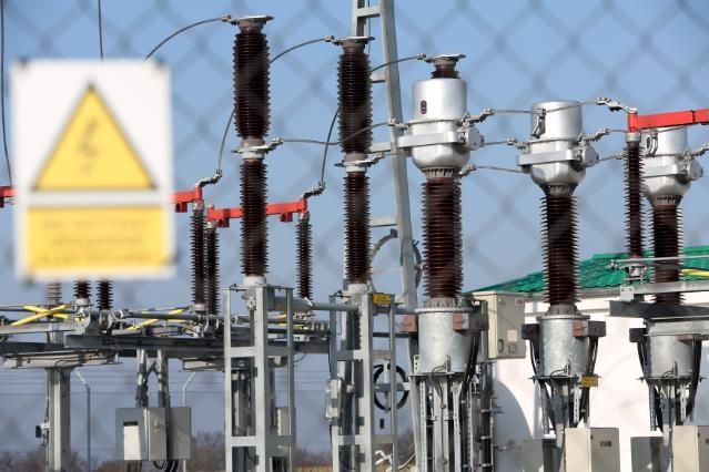 Големите кражби на ток – от търговци и от вериги, според КЕВР