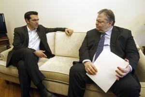 Алексис Ципрас (СИРИЗА) вляво и Евенгелос Венизелос (ПАСОК): Изгряващото и залязващото лице на гръцката левица