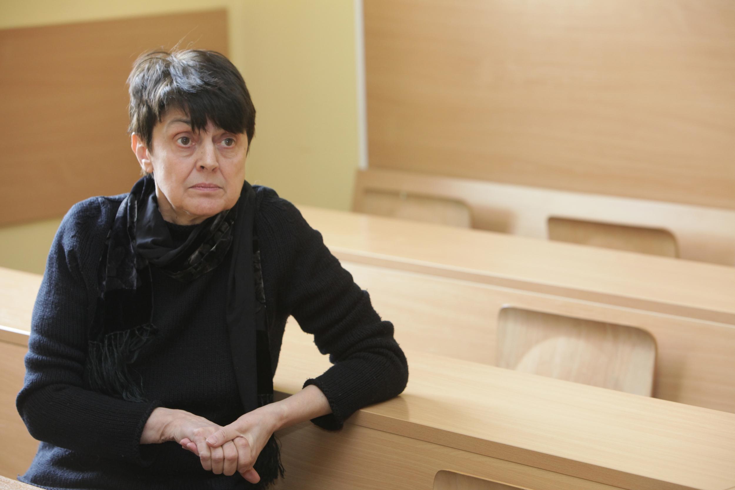 Парламентът ни е като гето, населено от групи в риск – Антонина Желязкова, сп. ТЕМА