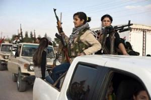 """Жени от кюрдските """"Части за народна защита""""."""