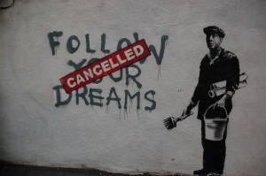 Една от основните черти на неолиберализма - мечтите и стремежите също трябва да бъдат съобразени със законите на пазара, тъй като само той има власт да решава кое е успешно и кое не