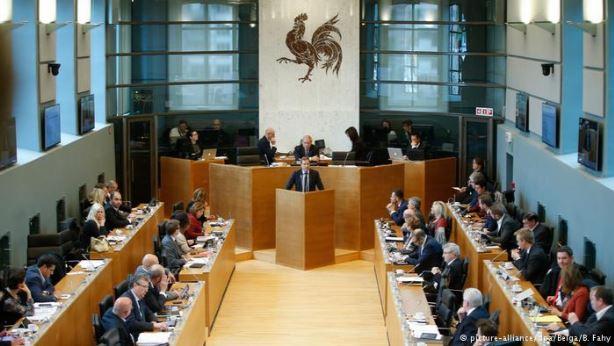 """Валонският парламент пръв разгледа текста на СЕТА и не можеше да не каже """"Не""""."""
